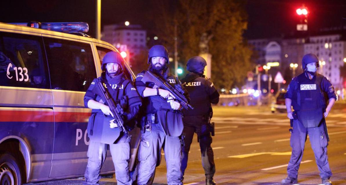 U napadima poginulo troje ljudi, bio je islamistički motiviran