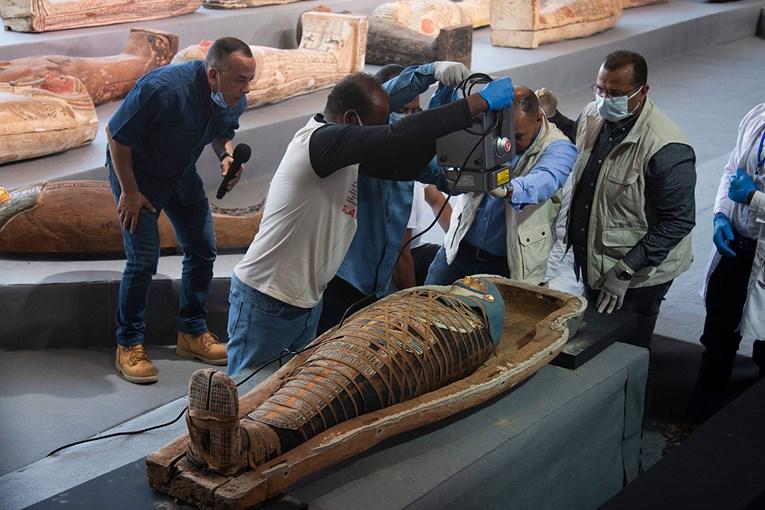 Egipatski arheolozi otkrili više od 100 netaknutih sarkofaga