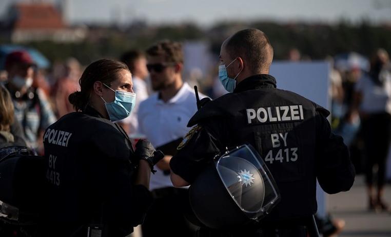 Ako vozite za Njemačku moglo bi vas zanimati novo pravilo, ako ne želite biti kažnjeni