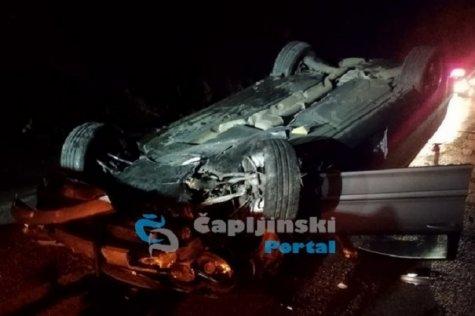 Stravična prometna u Počitelju: Dva vozila završila na krovu!