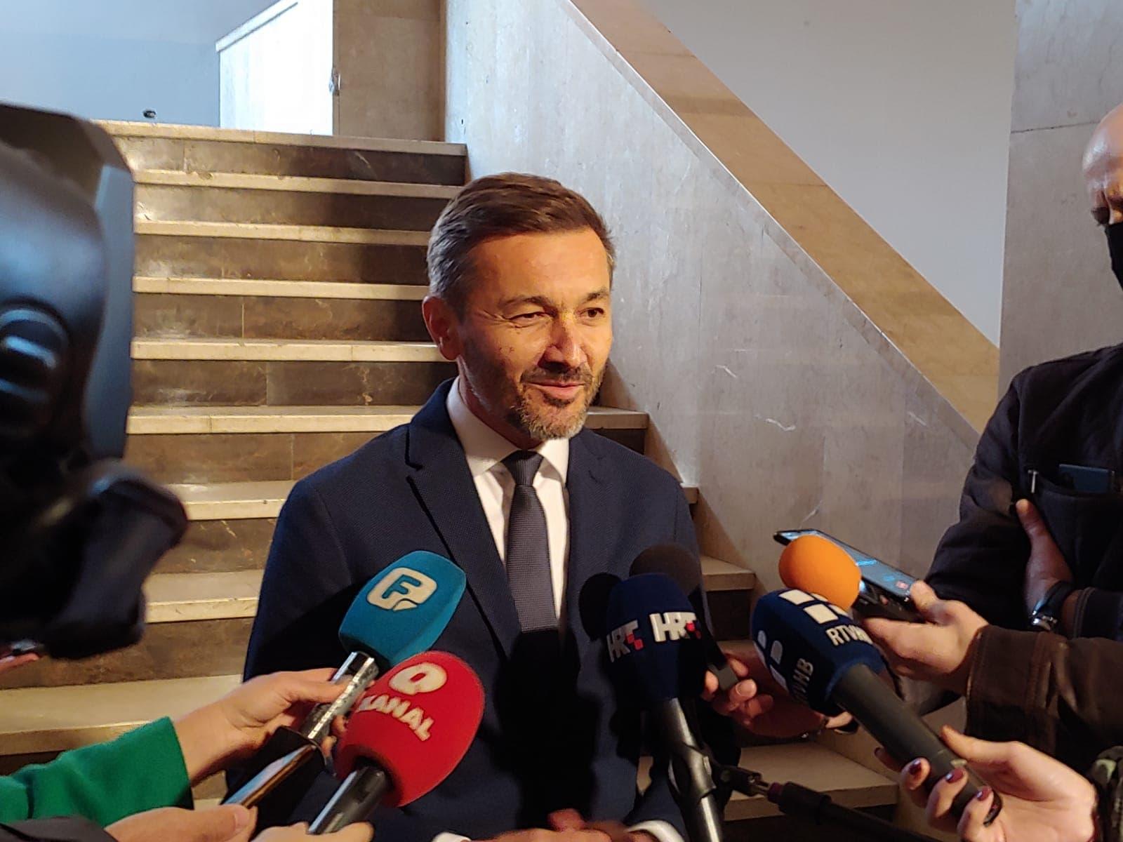 Ne promijeni li se Izborni zakon do iduće godine, Hrvati trebaju tražiti Herceg Bosnu!