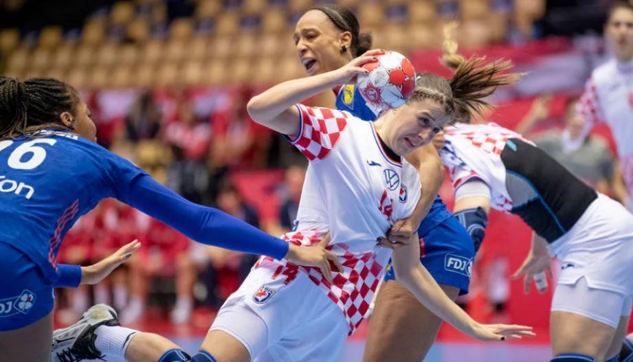 Jako nam je tužno ovo reći, ali završen je čarobni san hrvatskih rukometašica
