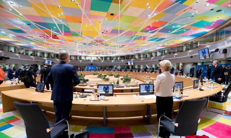 U posljednjem trenutku zeleno svjetlo za proračun EU