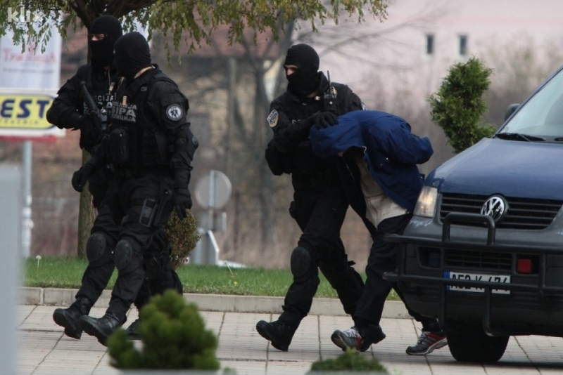 Velika akcija SIPA-e u Sarajevu, osumnjičeno 16 osoba