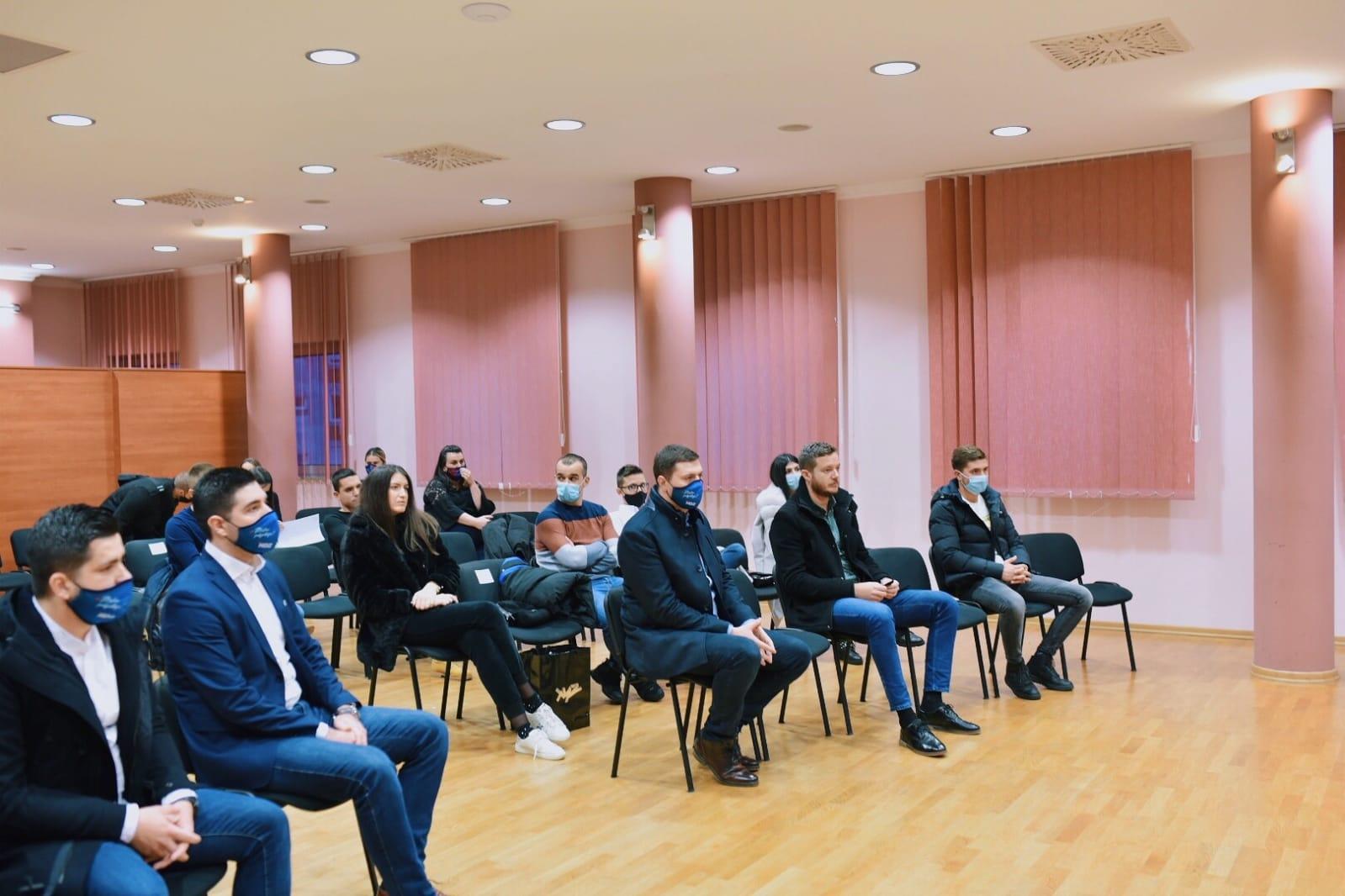 Mario Kordić s mladima iz HDZ BiH o planovima za Grad Mostar