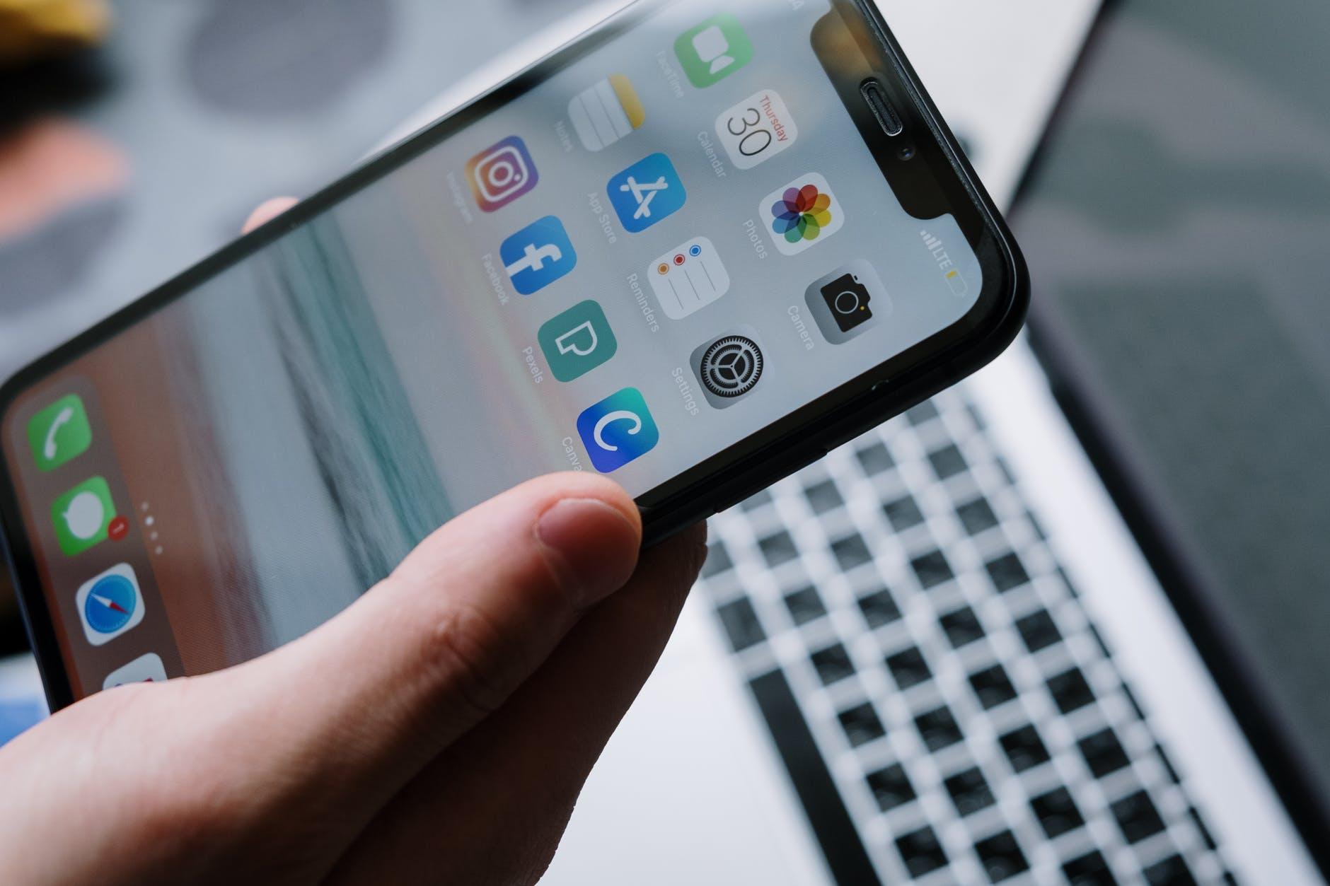 Imate problema sa slanjem fotografija ili videa putem Messengera i Instagram poruka? Evo objašnjenja