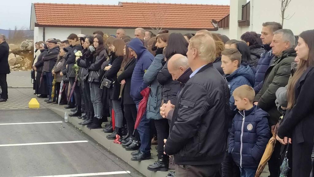 Biskup Petar Palić: Naš Božić postao je zapravo Veliki petak