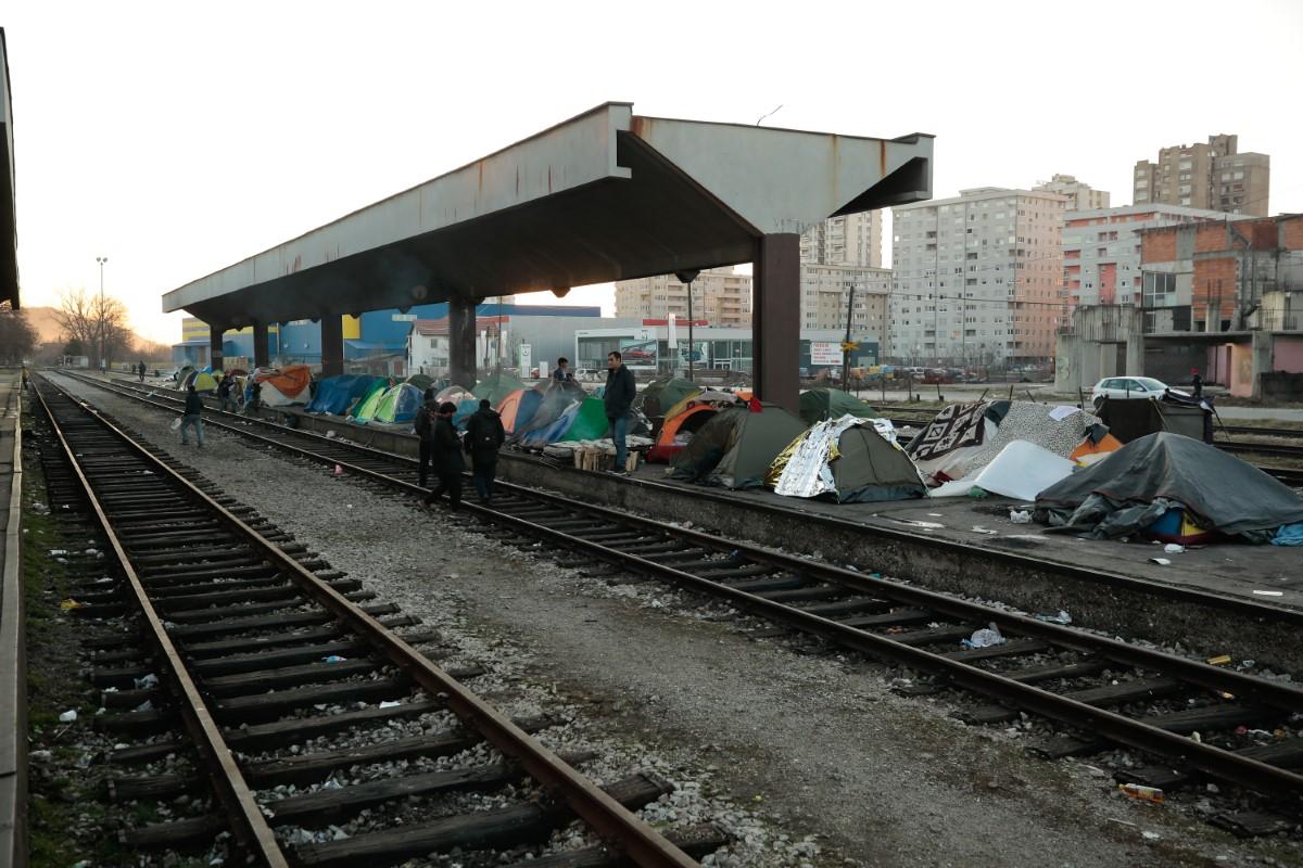 Migrant teško nožem uboo migranta zbog novca i mobitela