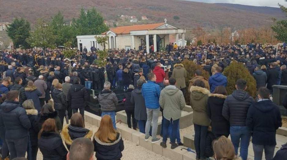 Stjepan Jukić Cvitanović sahranjen u Posušju: Tuga, bol i jecaji stotina ljudi