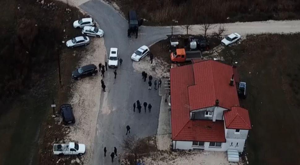 Upravo su odvezli tijela stradalih, Avaz objavio tužnu snimku
