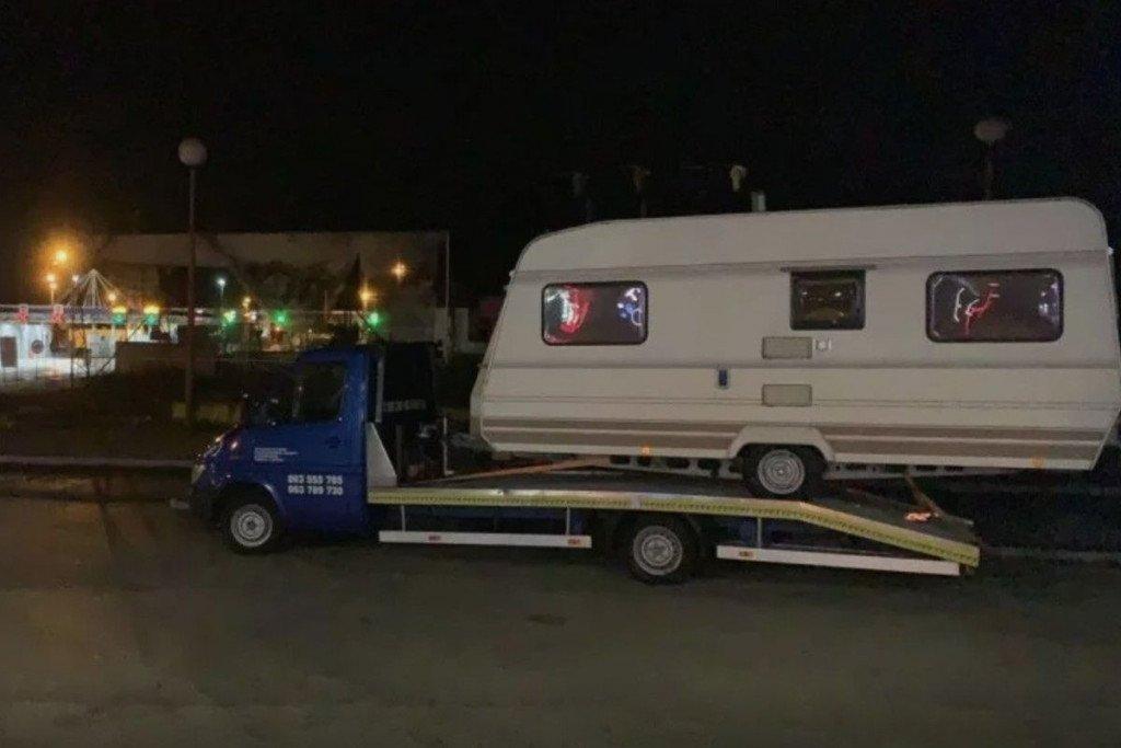 Petorica Ljubušaka koji su vozili humanitarnu pomoć u Petrinju nisu mogli prijeći tri granična prijelaza