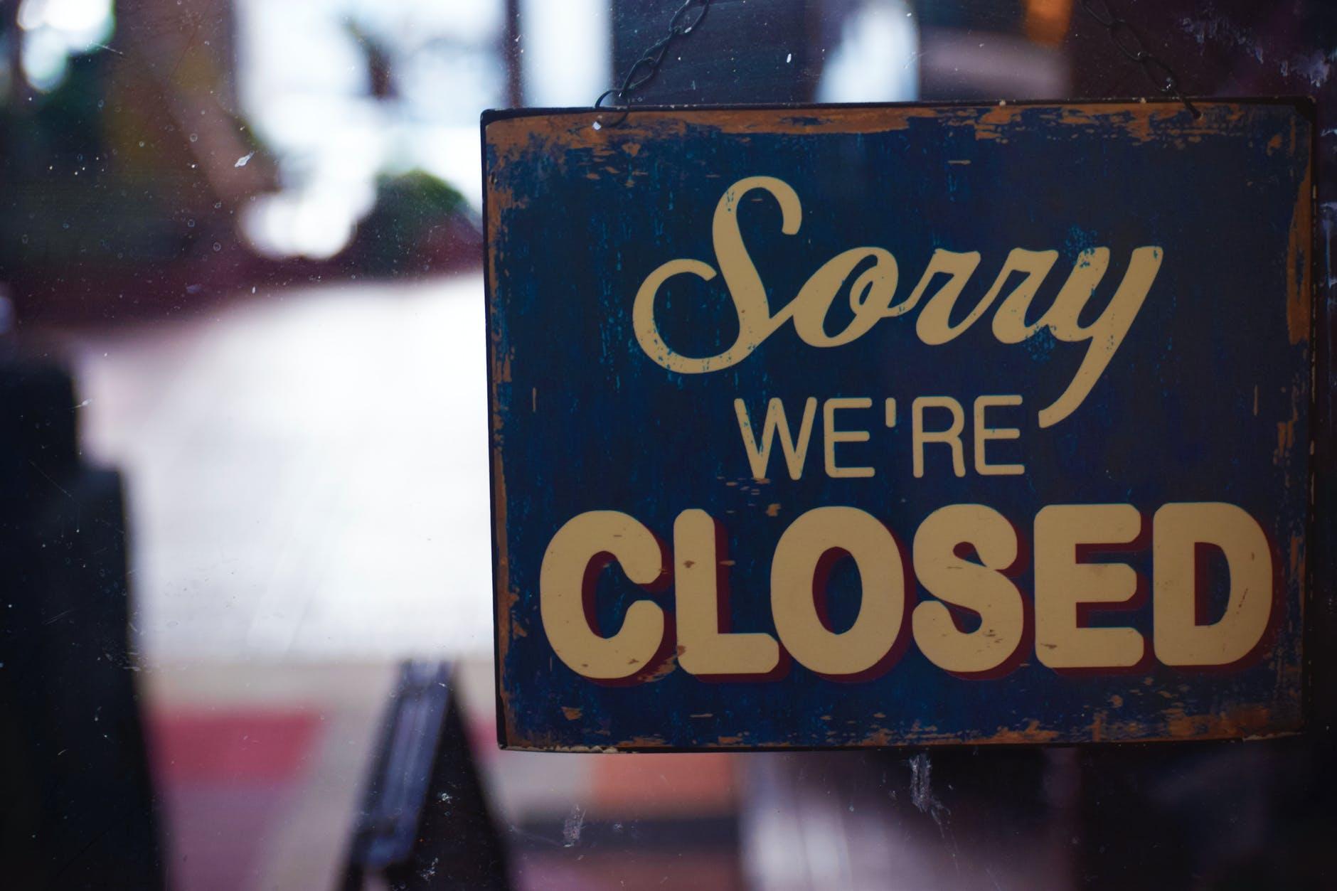 Švicarska zatvara restorane, barove, sportsko-kulturne objekte do kraja veljače