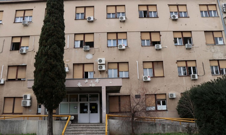 U covid bolnici u Mostaru preminulo 28 osoba, među njima i 23-godišnjak