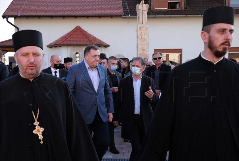 Odlična propovijed Porfirija u Jasenovcu, Dodik zahvalio Hrvatskoj