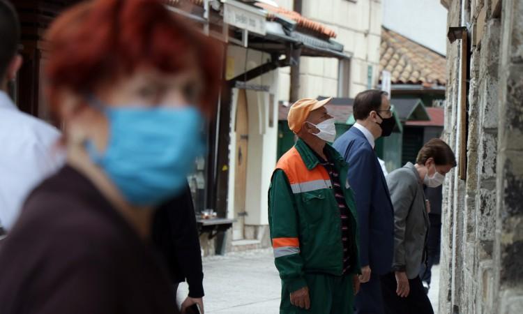Sarajevska županija od sutra zatvara kafiće i produžava policijski sat
