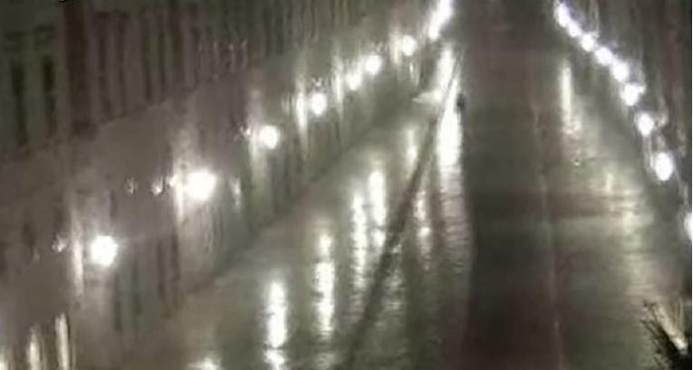 Pogledajte trenutak sinoćnjeg potresa kod Dubrovnika