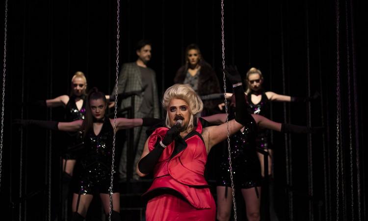 Predstava 'Novo normalno show' u petak u Narodnom pozorištu Mostar