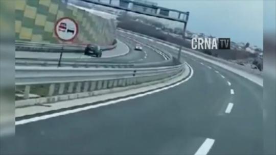 Jeziv video s autoputa pored Sarajeva kruži netom