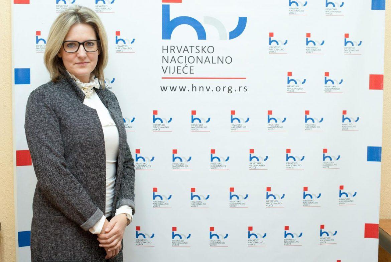Zbog prijetnje kalašom predsjednici Hrvatskog nacionalnog vijeća u Srbiji uhićena jedna osoba