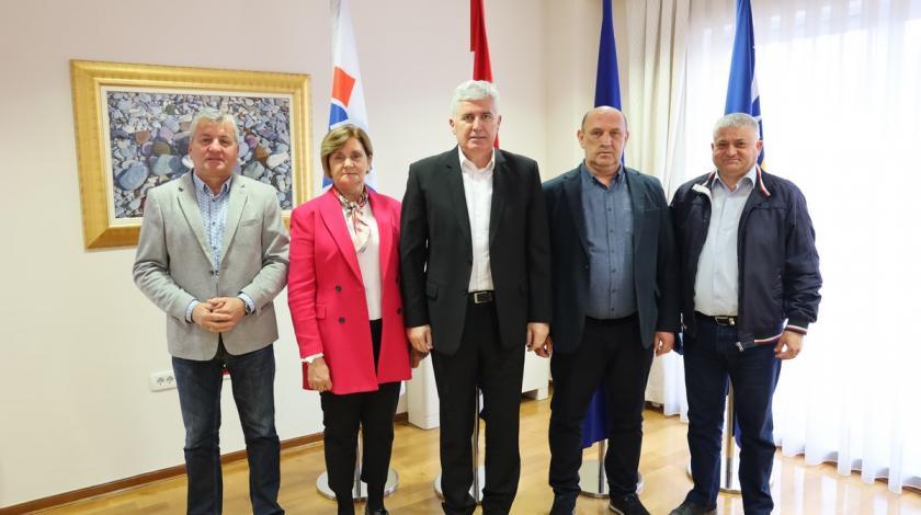 Čović s predstavnicima udruga proisteklih iz Domovinskog rata