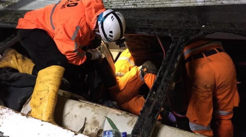 Autobus sletio u provaliju, poginulo 27 osoba