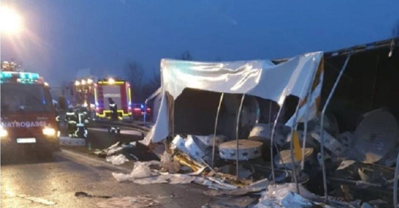 Stravična tragedija: Poginule četiri osobe, više ih ozlijeđeno