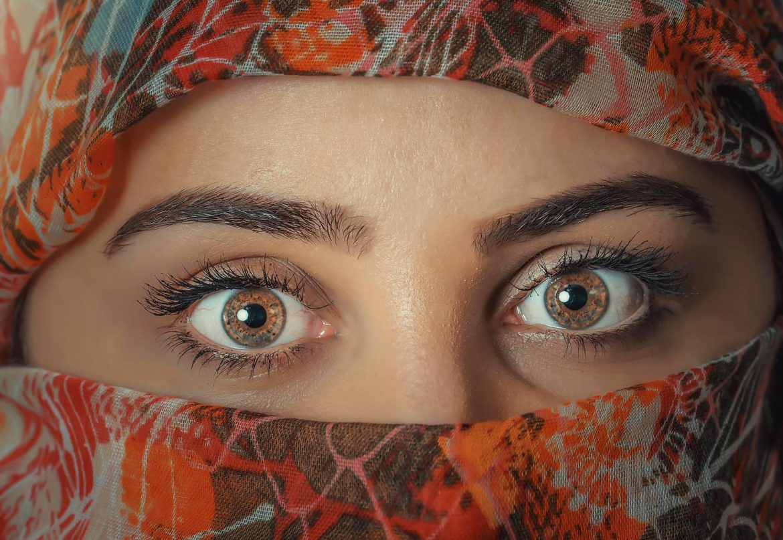 Švicarci žele zabraniti prikrivanje lica. Pogodite tko je protiv?