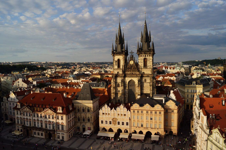 Crkvena zvona diljem Češke zvonila za preminule od korone