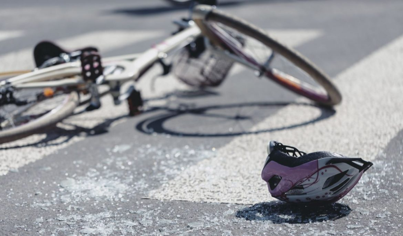 Gadna nesreća u Širokom: Mercedesom pokupio biciklista pa pobjegao