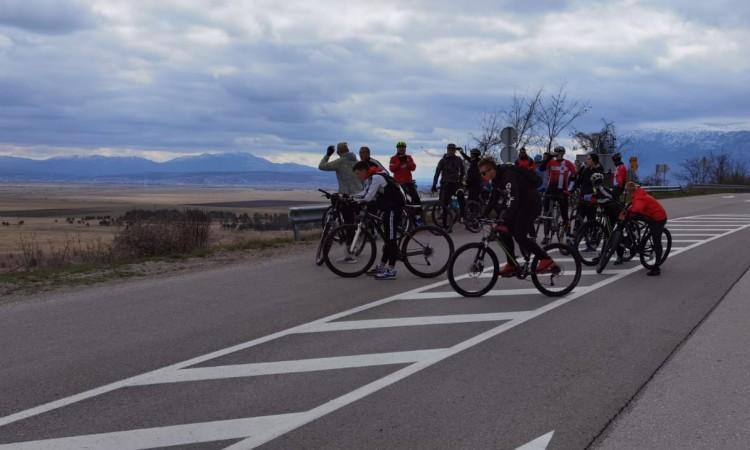 Biciklistička vožnja i ribolovni kup u znak sjećanja na Domovinski rat u Livnu
