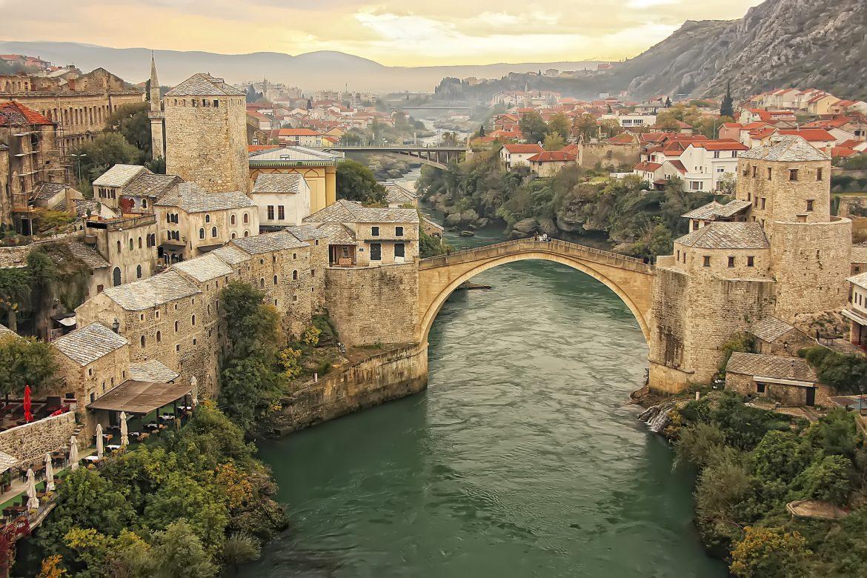 Na današnji dan HVO oslobodio Mostar od četnika, a onda su Bošnjaci u HVO-u okrenuli puške prema Hrvatima