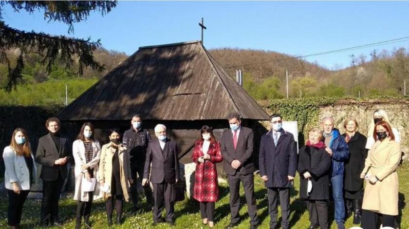 Biskupa Franju Komaricu posjetilo izaslanstvo Vlade RH
