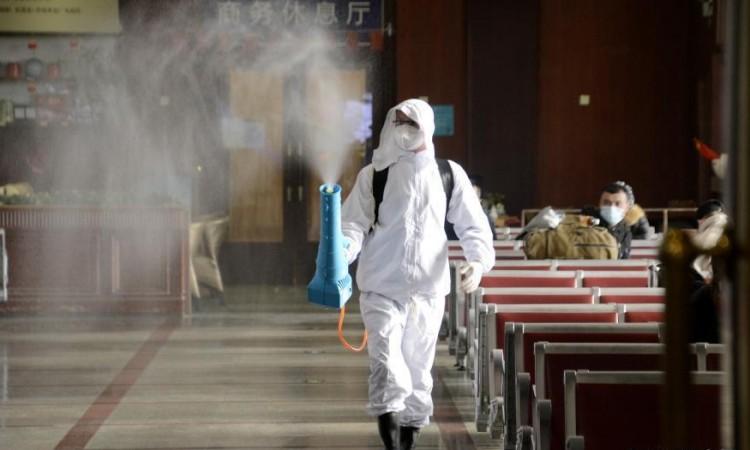 Bože bolesti: Dvojica zaraženih zastupnika dovedena u parlament da osiguraju kvorum