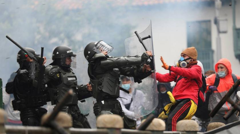 Deseci ozlijeđeni u nasilnim prosvjedima u Kolumbiji