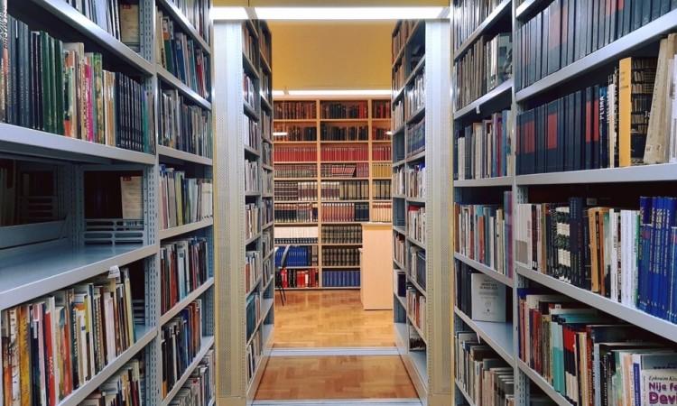 Tomislavgrad: Franjevačka knjižnica organizira akcijsku prodaju 3.000 knjiga
