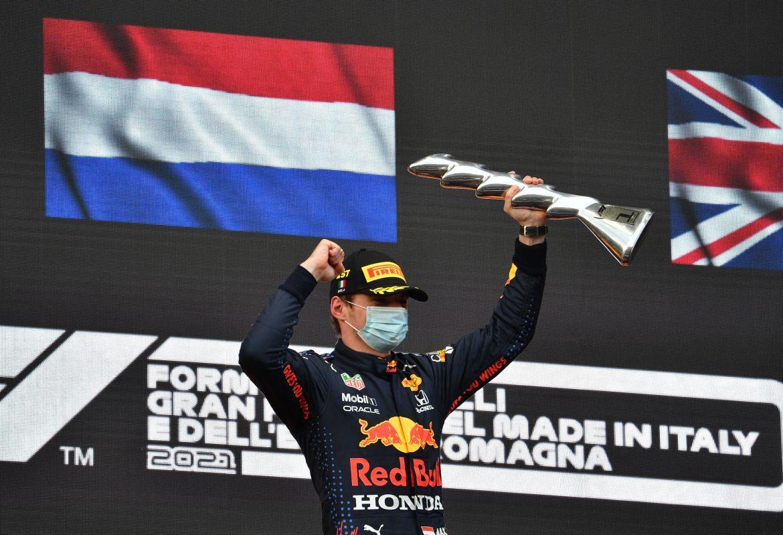 Verstappen slavio ispred Hamiltona u kaotičnoj utrci u Imoli