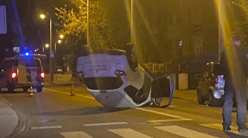 Pijana vozačica u Zagrebu napravila kaos pa završila na krovu
