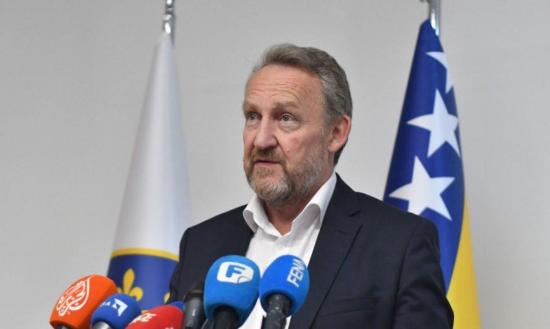 Bakir pričao o otpetljavanju čvora s HDZ-om, otkrio što misli odlazi li Zvizdić, a spomenuo i Izrael…