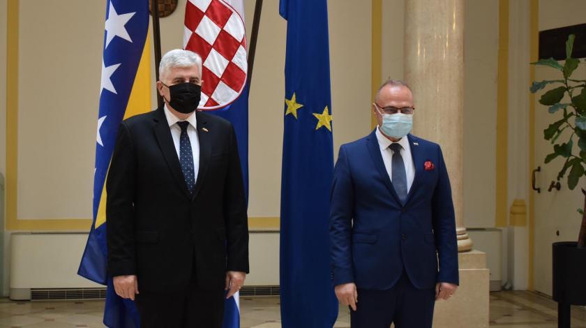 """Sastanak Radmana i Čovića: """"Izborni zakon ključna pretpostavka stabilnosti i funkcionalnosti BiH"""""""