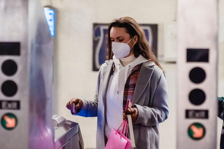 Slovenija: Stanje epidemije bolje, no prerano za skidanje maski