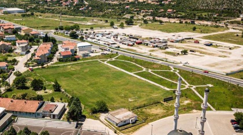 Srbin iz Mostara tvrdi da mu je zelja oduzeta te na njoj izgrađena džamija, izgubio sve parnice
