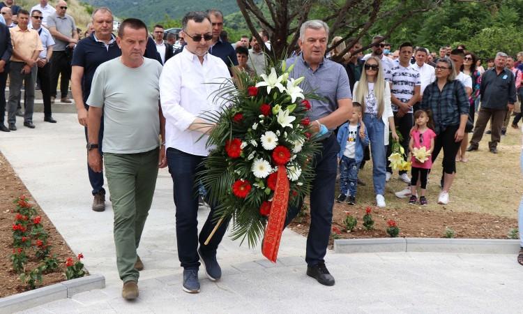 Obilježena 29. godišnjica zločina na Uborku i Sutini kod Mostara