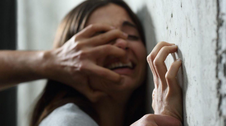 Pet mladića silovalo djevojčicu (14) na groblju. Ubila se tjedan dana nakon toga