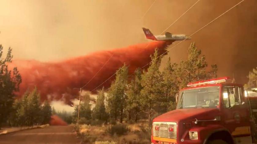 Ogroman požar u SAD-u nekontrolirano se širi