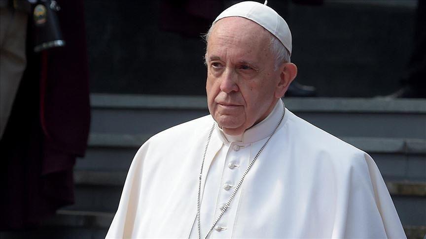 Papa Franjo nastavlja pomagati migrantima u BiH