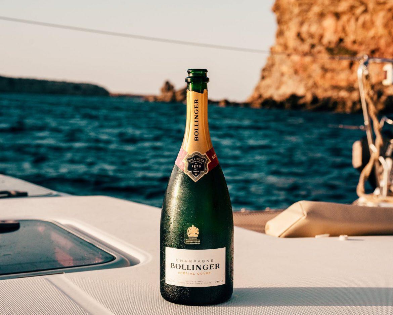 Ovi baš imaju viška pameti i manjka briga: Rusi i Francuzi se posvađali oko, pazite sad, šampanjca