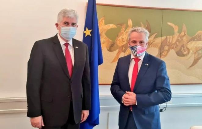 Izborni zakon u fokusu sastanka Čovića i Sattlera